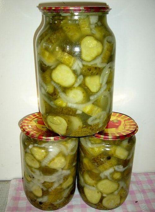 салат из резанных огурцов и лука на зиму рецепты